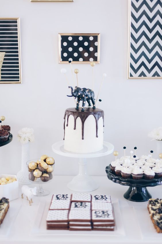 black and white for a modern baby shower