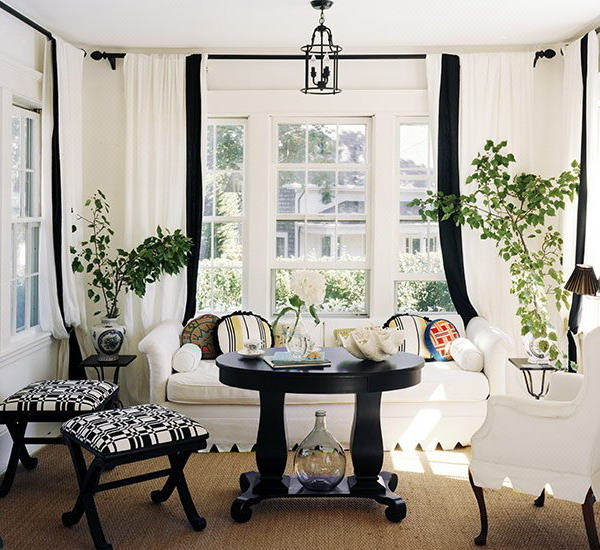 Traditional Living Room Decorating Ideas: 21 Black And White Traditional Living Rooms