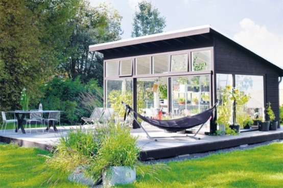 Black-And-White Orangery To Enjoy The Nature