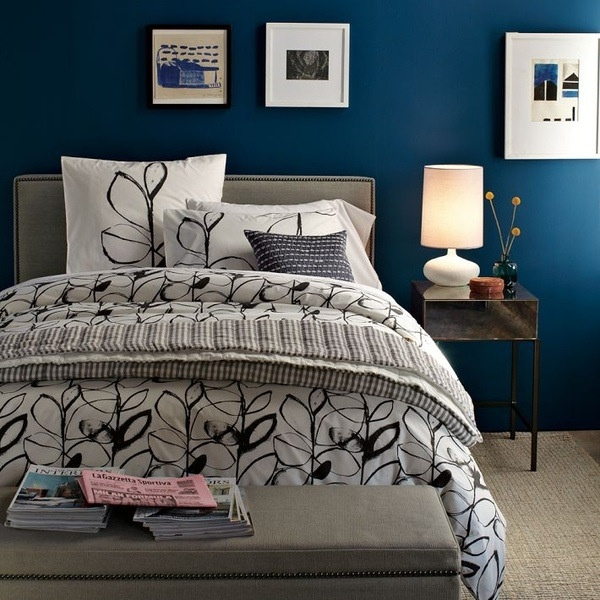 Blue Bedroom with Accent Wall Colors 600 x 600