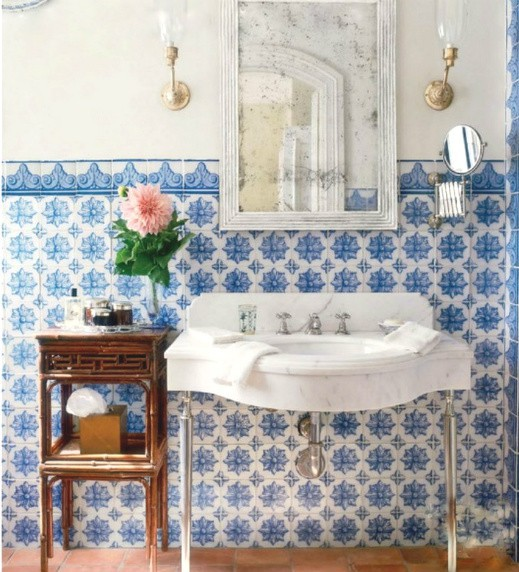 blue and white mosaic tiles refresh any bathroom and make it bolder and cooler