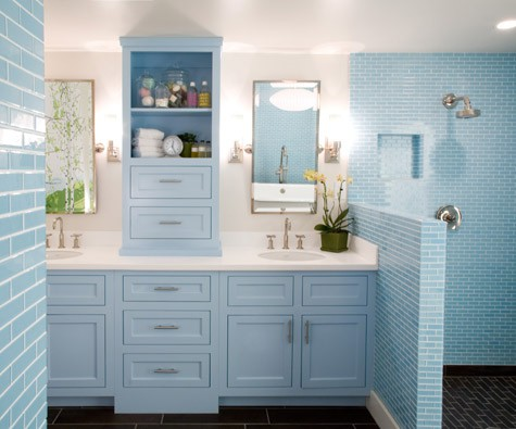 67 cool blue bathroom design ideas digsdigs for Powder blue bathroom ideas