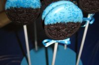 blue oreo pops for a boy baby shower