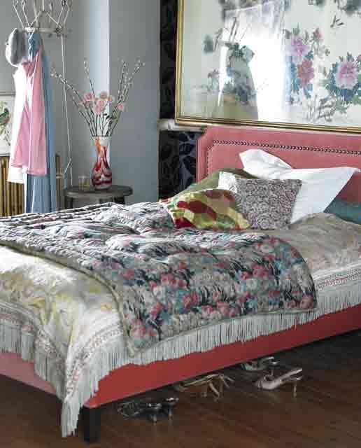 Boho Chic Bedroom With Plenty Of Colors