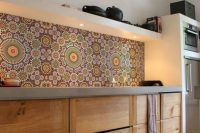 bold-mosaic-kitchen-backsplashes-to-get-inspired-11