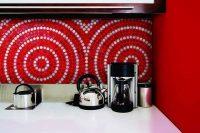 bold-mosaic-kitchen-backsplashes-to-get-inspired-13