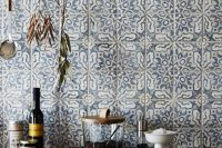 bold-mosaic-kitchen-backsplashes-to-get-inspired-15