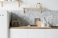 bold-mosaic-kitchen-backsplashes-to-get-inspired-21