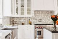 bold-mosaic-kitchen-backsplashes-to-get-inspired-9