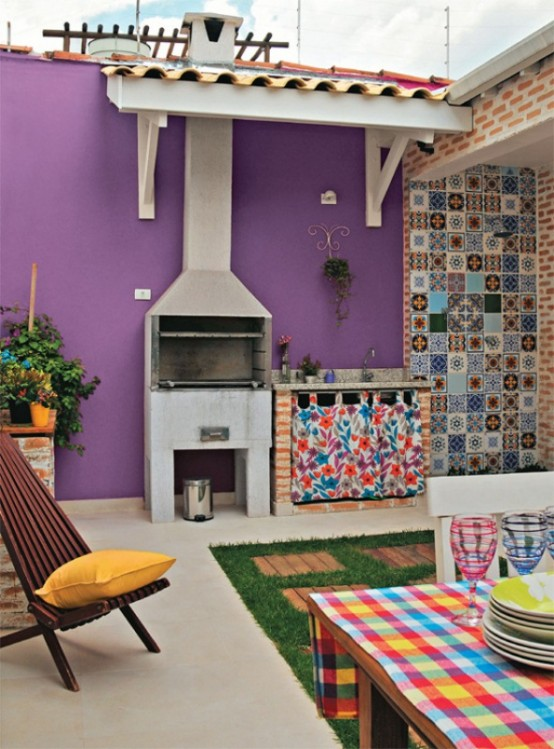 Brazilian House In A Mix Of Colors And Styles