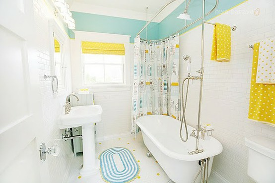 Bright And Cheerful Bathroom With Colorful Accents