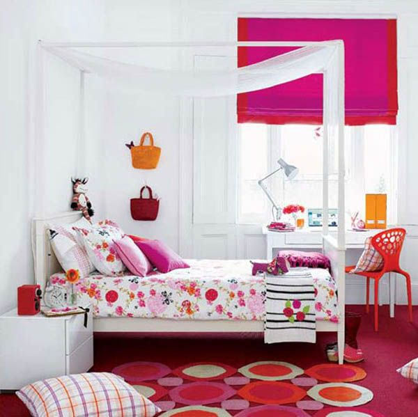 33 wonderful girls room design ideas digsdigs for Pink teenage bedroom designs
