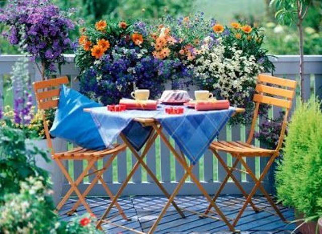 Bright Spring Terrace And Patio Decor Ideas