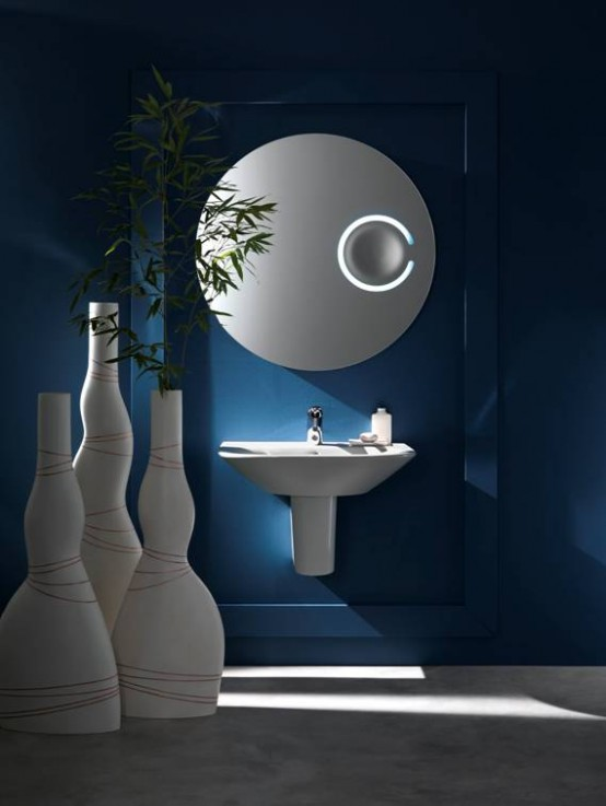 Bubble Mirror With Magnifier