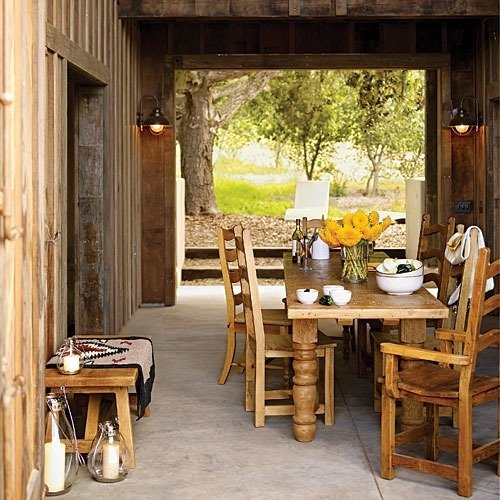 47 Calm And Airy Rustic Dining Room Designs