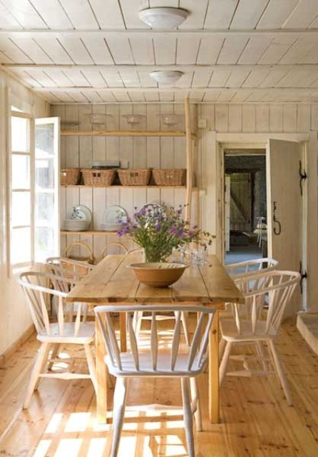 Bon Calm And Airy Rustic Dining Room Designs