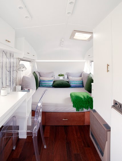 Super cool and practical caravan interior design digsdigs Diy caravan interior design ideas