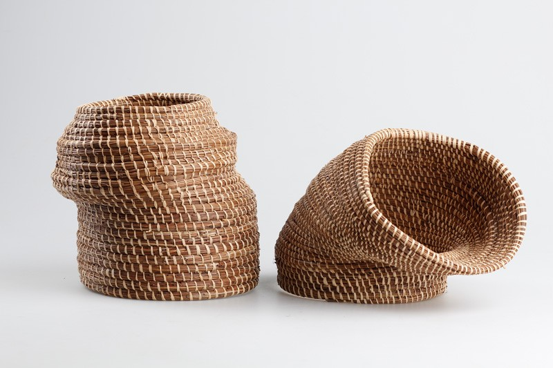 Basket Weaving Example Of Which Industry : Picture of caruma vase collection combining ceramics and