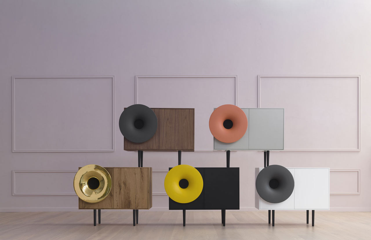 Caruso Music Cabinet With A High-Definition Speaker Outfitted