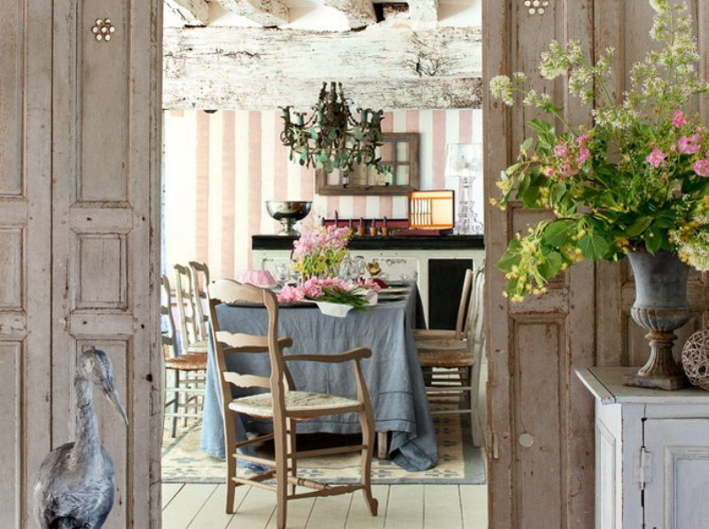 Advertisement for French dining room ideas