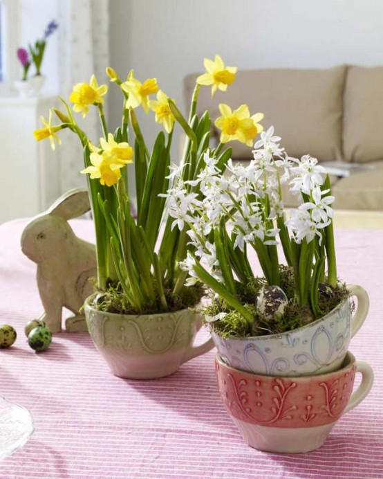 Charming Vintage Easter Decor Ideas
