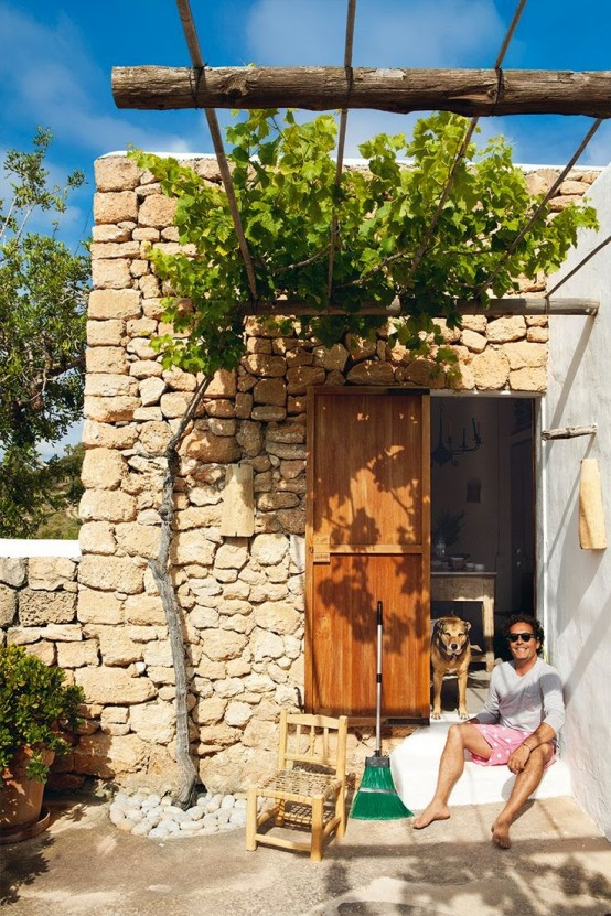 Cheerful Rustic Ibiza Retreat With Colorful Details