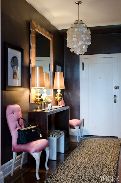 Picture Of chic and cute feminine entryway decor ideas  1
