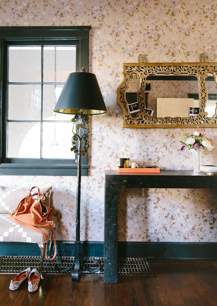 Picture Of chic and cute feminine entryway decor ideas  13