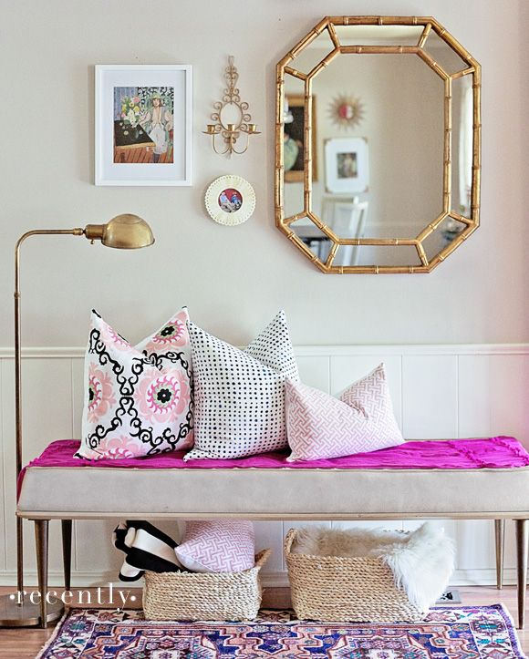 Picture Of chic and cute feminine entryway decor ideas  2