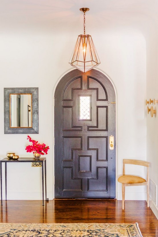 Chic And Cute Feminine Entryway Décor Ideas