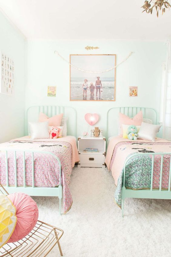Chic And Inviting Shared Teen Girl Rooms Ideas