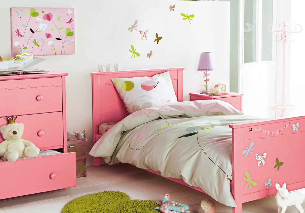 15 cool childrens room decor ideas from vertbaudet digsdigs for Girl toddler bedroom ideas