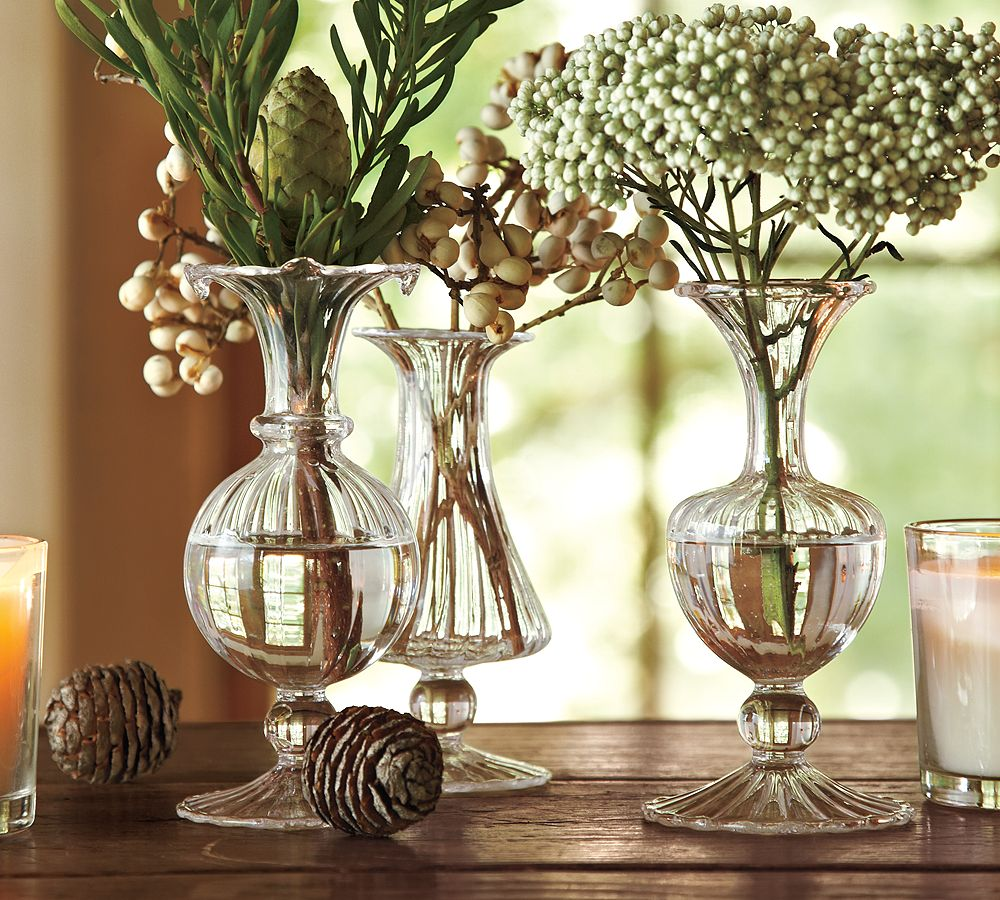 Holiday decorating 2010 by pottery barn digsdigs for Christmas home decorations pictures