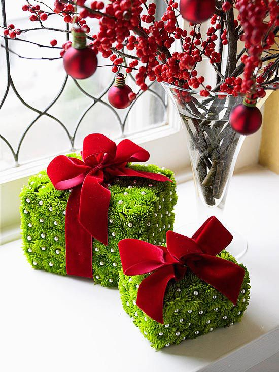 35 christmas d cor ideas in traditional red and green ForRed And Green Christmas Decorations