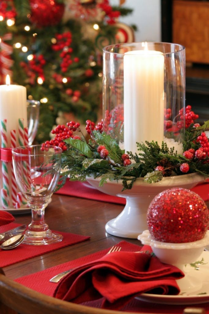 35 christmas d cor ideas in traditional red and green Christmas table top decorations