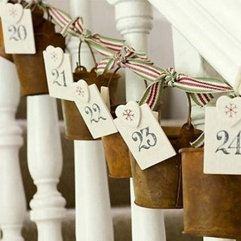 Turning a staircase into a stylish advent calendar is an interesting idea, right? That would make counting the days until Christmas much more fun.