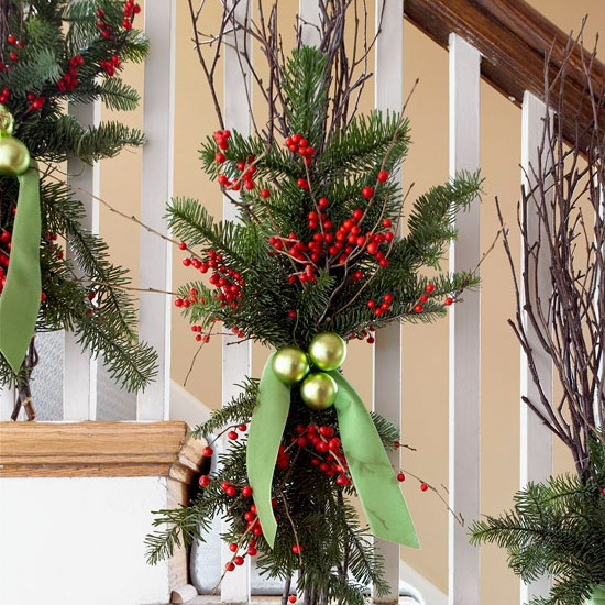 christmas stairs decoration ideas - How To Decorate Stairs For Christmas