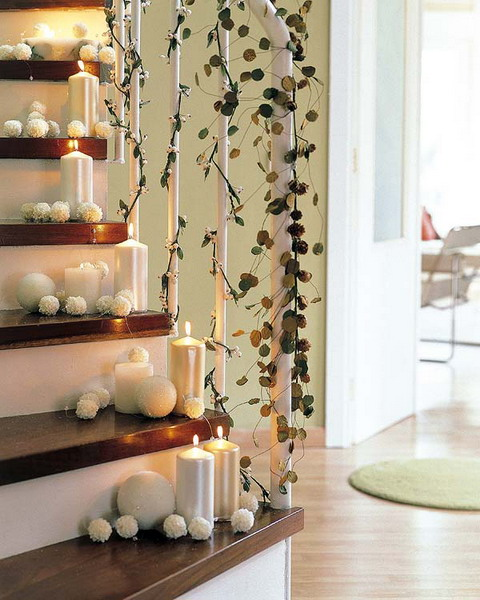 100 awesome christmas stairs decoration ideas digsdigs for Idee deco pour escalier