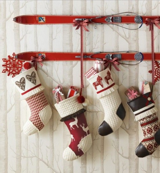 40 Christmas Stockings And Ideas To Use Them For D Cor DigsDigs