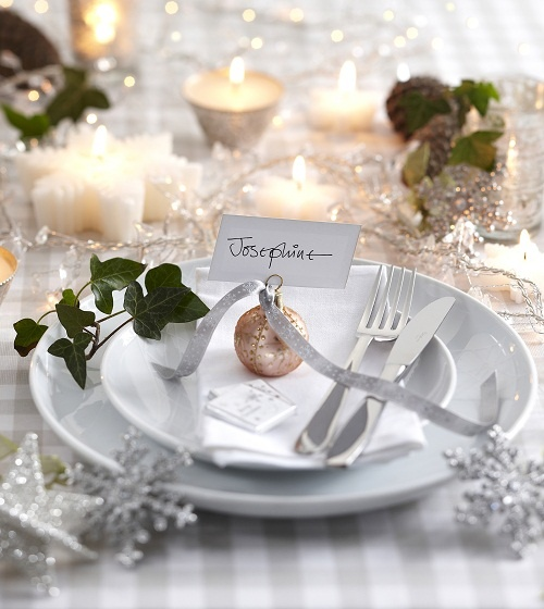 35 Christmas Table Settings You Gonna Love & 35 Christmas Table Settings You Gonna Love - DigsDigs