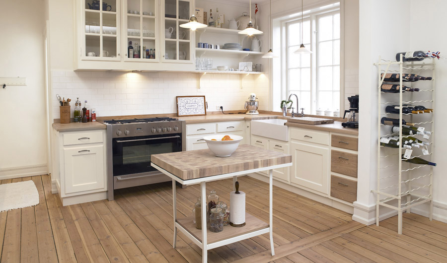 Classic Framed White Kitchen With Elm
