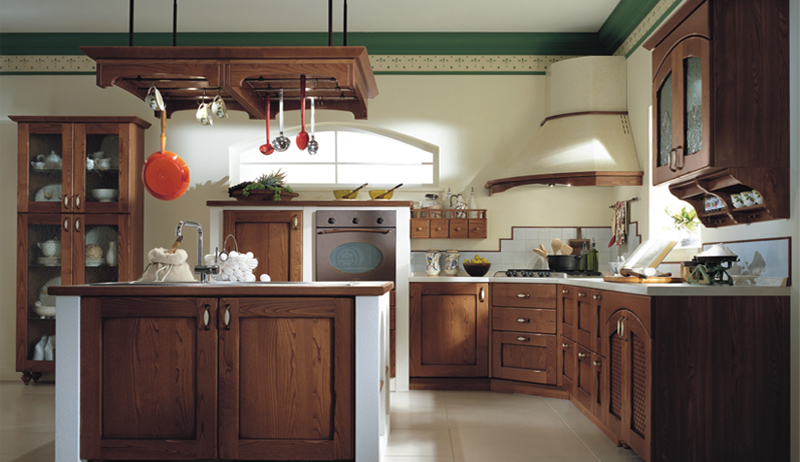 18 classic kitchen designs from ala cucine digsdigs for Classic style kitchen ideas