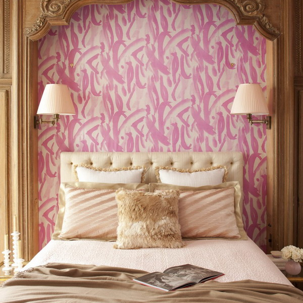 Classical And Glamorous Bedroom Design In Cold Pink