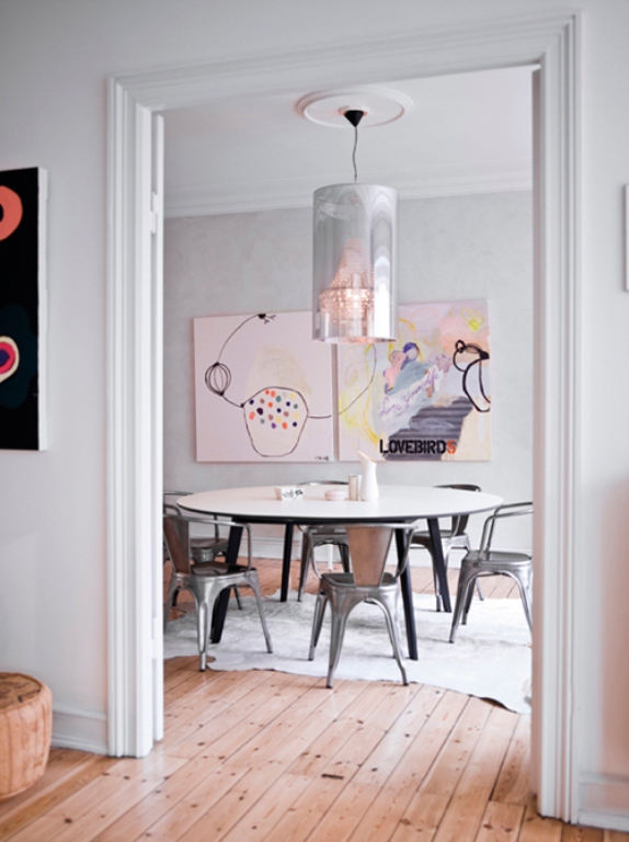 Classical Scandinavian Interior With Art Accents