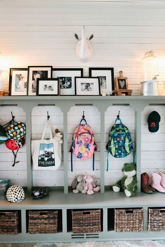 Picture Of clever examples to organize your entryway easily  1