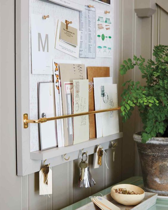 Picture Of clever examples to organize your entryway easily  10