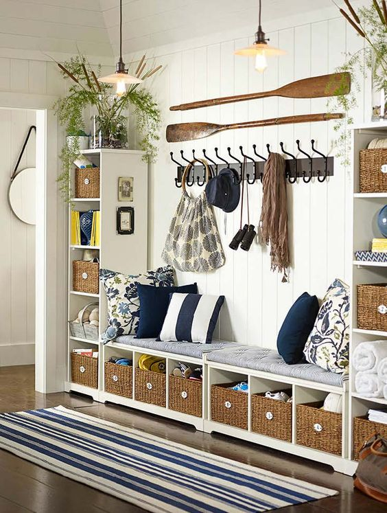 Picture Of clever examples to organize your entryway easily  13