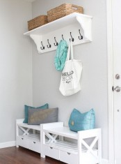 clever-examples-to-organize-your-entryway-easily-16
