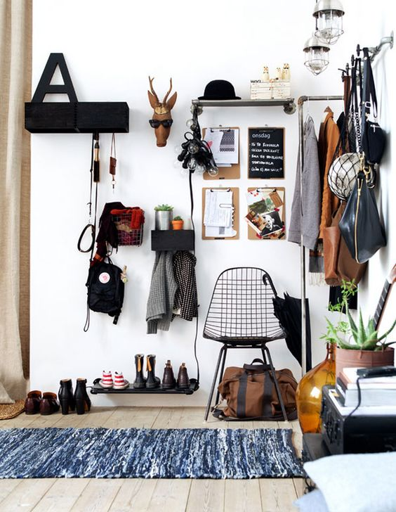 Picture Of clever examples to organize your entryway easily  20
