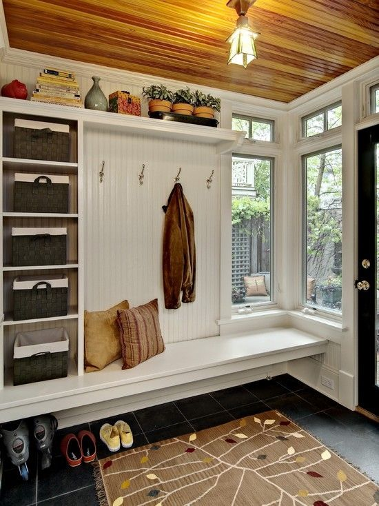 Picture Of clever examples to organize your entryway easily  23
